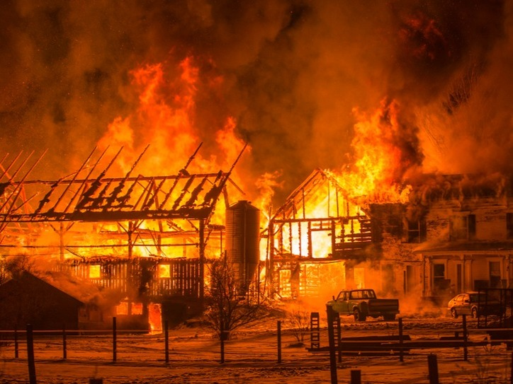 The Meaning Of Barn Burner Merriam Webster